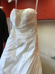 Alyne 'Alyne' - Alyne - Nearly Newlywed Bridal Boutique - 4
