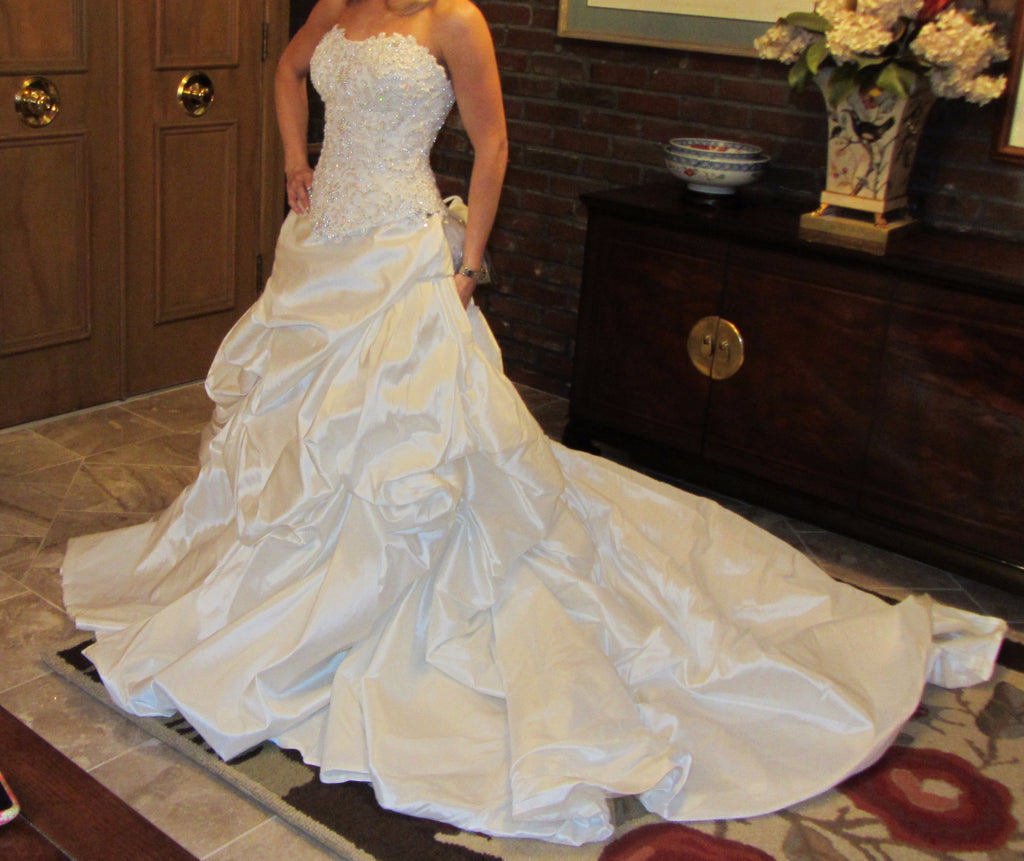 Demetrios 'Demetrios' - Demetrios - Nearly Newlywed Bridal Boutique - 2