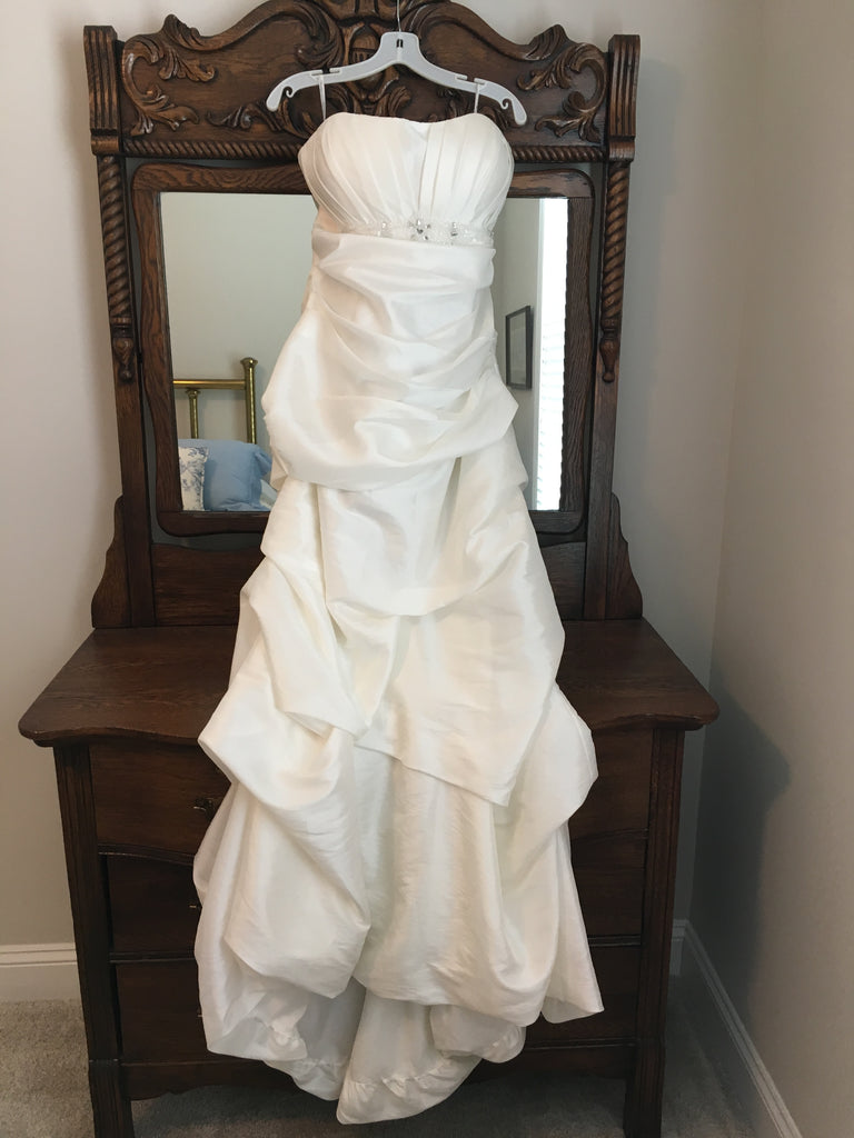 Impression Bridal 'Destiny' size 12 new wedding dress front view on hanger