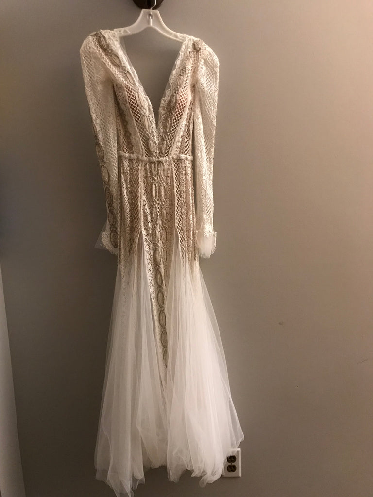 Inbal Dror 'BR-16-10' size 0 used wedding dress front view on hanger