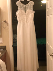 Alfred Angelo' 8555' size 14 new wedding dress back view on hanger