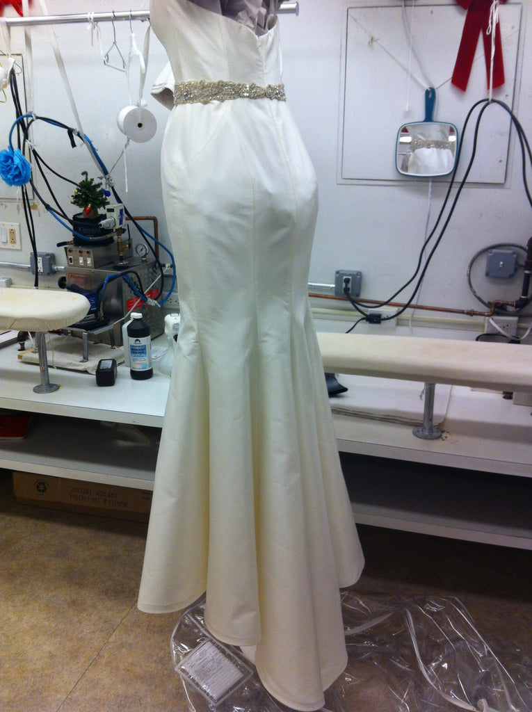 Romona Keveza Silk Mermaid Wedding Dress - Romona Keveza - Nearly Newlywed Bridal Boutique - 5