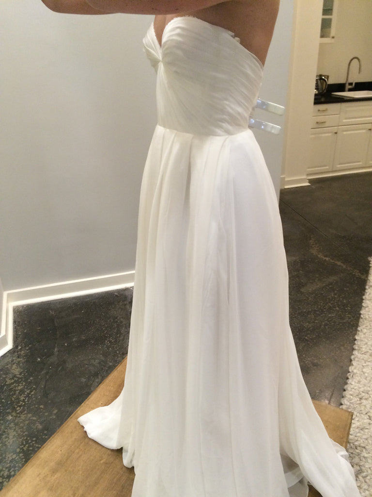 Sarah seven 39 lafayette 39 size 4 new wedding dress nearly for Wedding dresses lafayette la