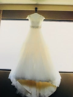 Alvina Valenta 'Off White' size 2 used wedding dress front view on hanger