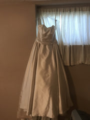 Alfred Angelo 'Pearl' size 6 new wedding dress front view on hanger