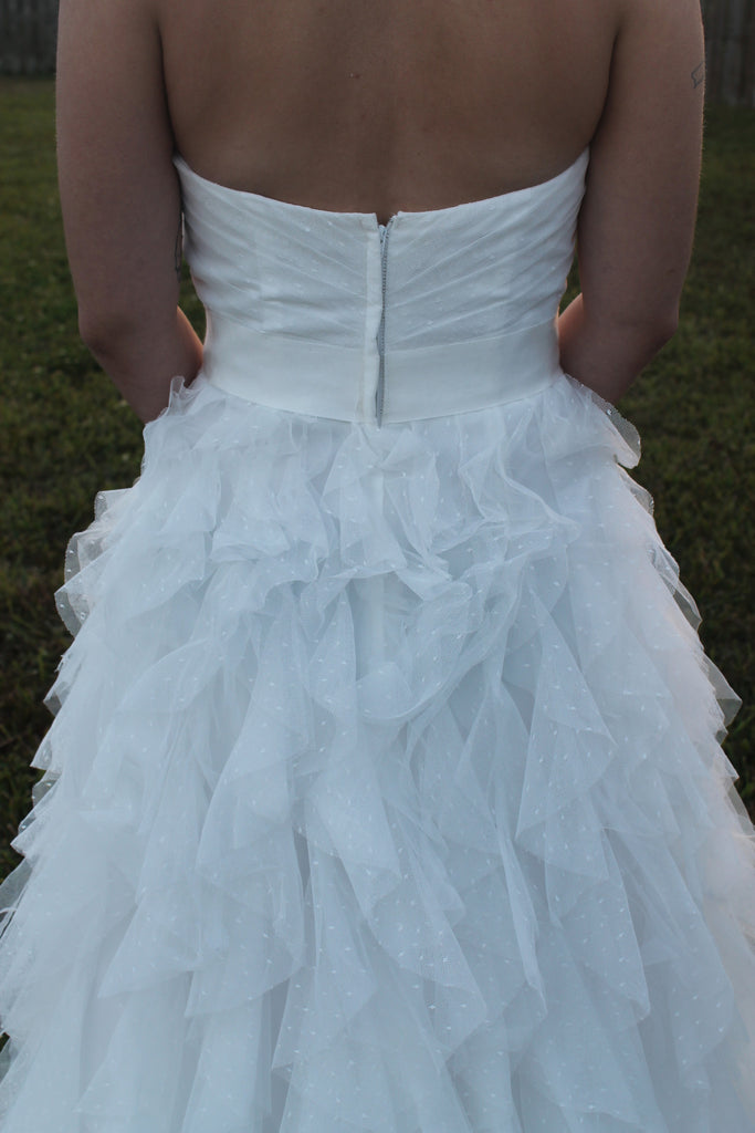 David\'s Bridal \'Galina\' size 4 used wedding dress - Nearly Newlywed
