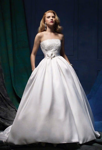 Alfred Angelo 'Sapphire 877'
