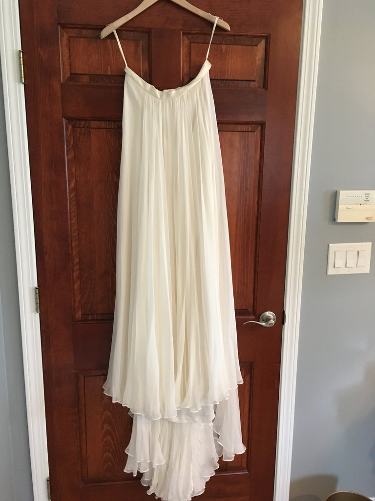 Catherine Deane 'Skirt' size 6 new wedding dress front view on hanger