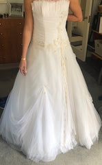 Ines Di Santo 'Embroidered Tulle' size 2 used wedding dress front view on hanger