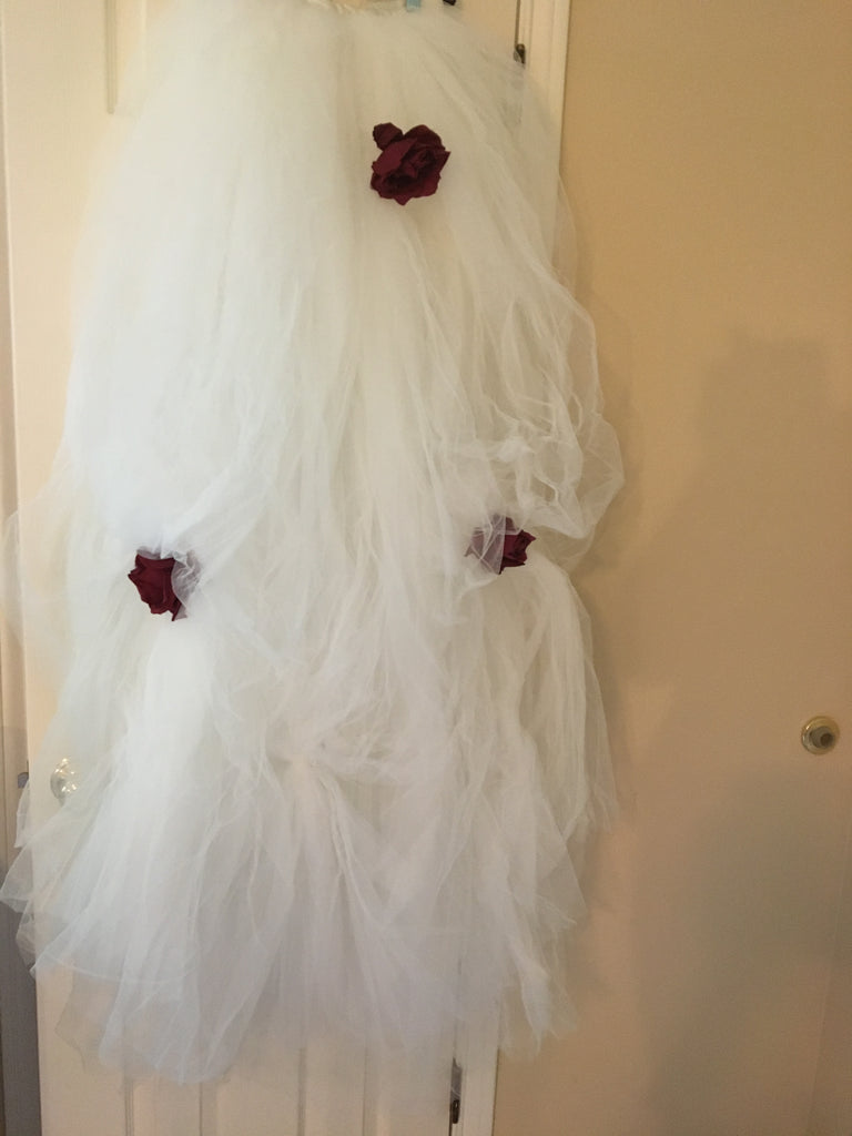 Rebecca Richards 'Vintage' size 8 used wedding dress view of trim