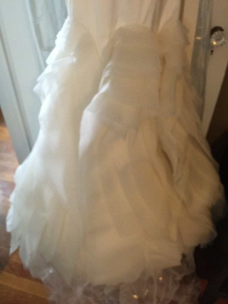 Vera Wang 'Ethel' - Vera Wang - Nearly Newlywed Bridal Boutique - 4