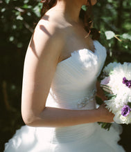 Load image into Gallery viewer, San Patrick 'Glamour collection Arosa ' - San Patrick - Nearly Newlywed Bridal Boutique - 3
