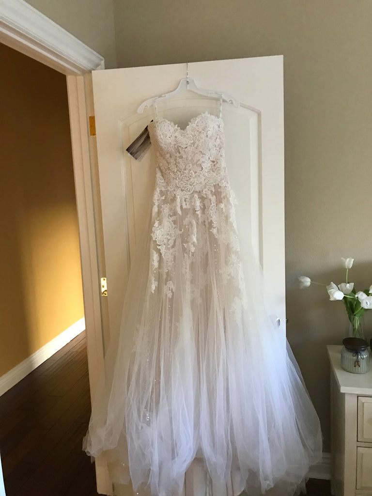 Enzoani Blue 'Kailee' size 4 new wedding dress front view on hanger