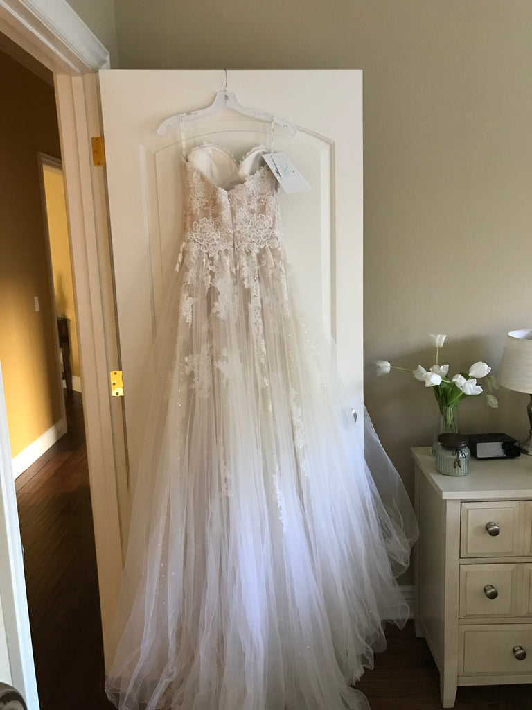 Enzoani Blue 'Kailee' size 4 new wedding dress back view on hanger