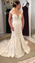 Load image into Gallery viewer, Pearl Bridal '1060' - pearl bridal - Nearly Newlywed Bridal Boutique - 1