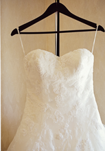 Load image into Gallery viewer, Pronovias 'Barroco' size 8 used wedding dress front view on hanger