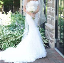 Load image into Gallery viewer, Matthew Christopher 'Hannah' - Matthew Christopher - Nearly Newlywed Bridal Boutique - 1