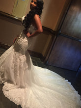 Load image into Gallery viewer, Martina Liana '803' size 4 used wedding dress side view on bride