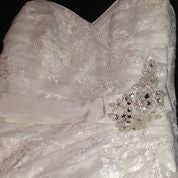 Load image into Gallery viewer, Maggie Sottero 'Myra' - Maggie Sottero - Nearly Newlywed Bridal Boutique - 7