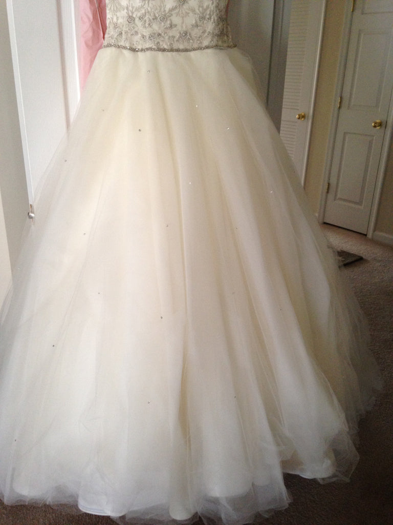 Lazaro '4623' - Lazaro - Nearly Newlywed Bridal Boutique - 4