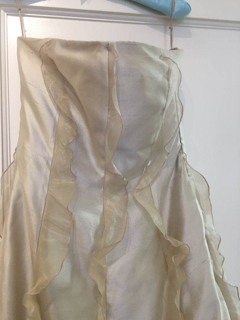 Valentino 'Taffeta  Dress' size 12 used wedding dress front view on hanger