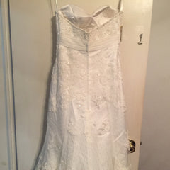 Ivory, Beaded, NWT, Size 6 - Elizabeth Ann - Nearly Newlywed Bridal Boutique - 4