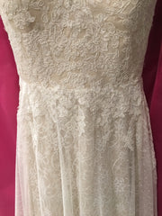Ti Adora by Allison Webb ' 7652' size 12 used wedding dress view of fabric