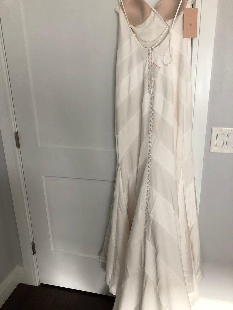 BHLDN 'Emblem' size 4 new wedding dress back view on hanger