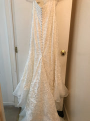 Oleg Cassini 'Elegant' size 10 new wedding dress back view on hanger