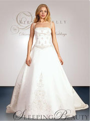Kirstie Kelly 'Sleeping Beauty' size 8 new wedding dress front view on model