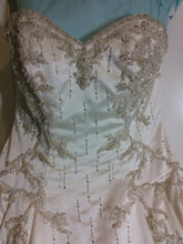 Load image into Gallery viewer, Lazaro 'Lovelle' - Lazaro - Nearly Newlywed Bridal Boutique - 2