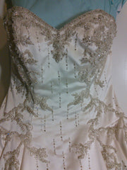 Lazaro 'Lovelle' - Lazaro - Nearly Newlywed Bridal Boutique - 2