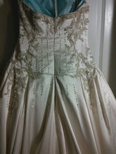 Load image into Gallery viewer, Lazaro 'Lovelle' - Lazaro - Nearly Newlywed Bridal Boutique - 3