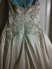 Lazaro 'Lovelle' - Lazaro - Nearly Newlywed Bridal Boutique - 3