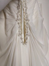 Load image into Gallery viewer, Mori Lee 'Julietta' - Mori Lee - Nearly Newlywed Bridal Boutique - 4