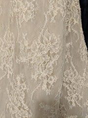 Lian Carlo' 6885' size 10 used wedding dress view of fabri