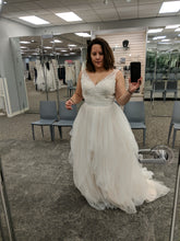 Load image into Gallery viewer, Galina 'Tulle Tank V-Neck' size 10 new wedding dress front view on bride