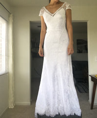 Alfred Angelo '8501' size 4 new wedding dress front view on bride