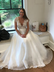 Suzanne Neville 'Cezanne' size 8 new wedding dress front view on bride