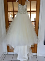 Casablanca 'Sea Breeze' size 6 new wedding dress front view on hanger