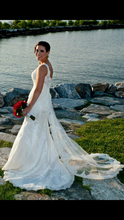 Load image into Gallery viewer, Stella York '5786' - Stella york - Nearly Newlywed Bridal Boutique - 3