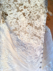 Maggie Sottero 'Patience Lynette' size 12 new wedding dress close up of lace