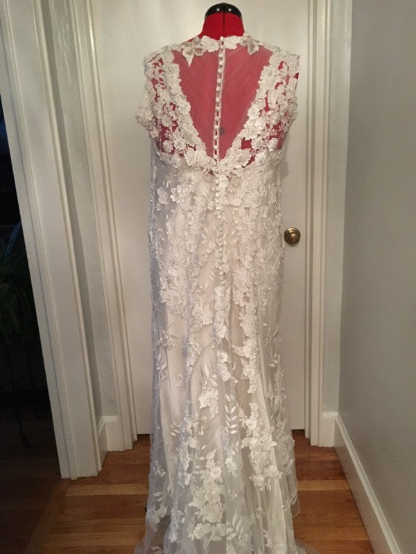 Allure Bridals 'Allure' - Allure Bridals - Nearly Newlywed Bridal Boutique - 3