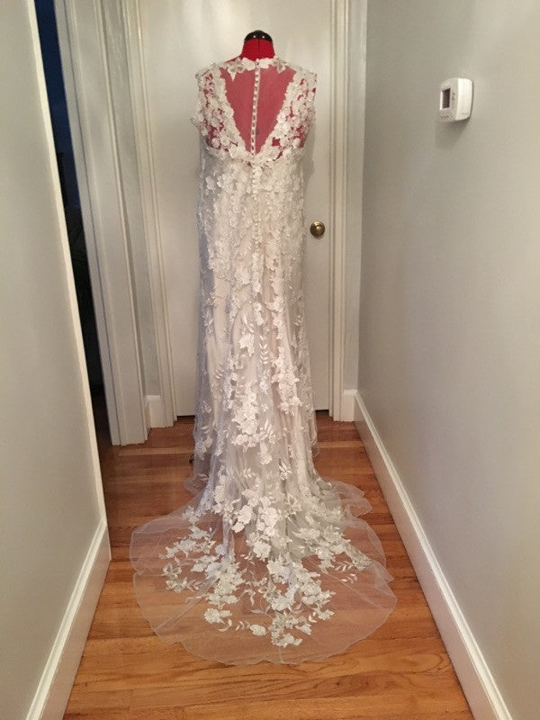 Allure Bridals 'Allure' - Allure Bridals - Nearly Newlywed Bridal Boutique - 4