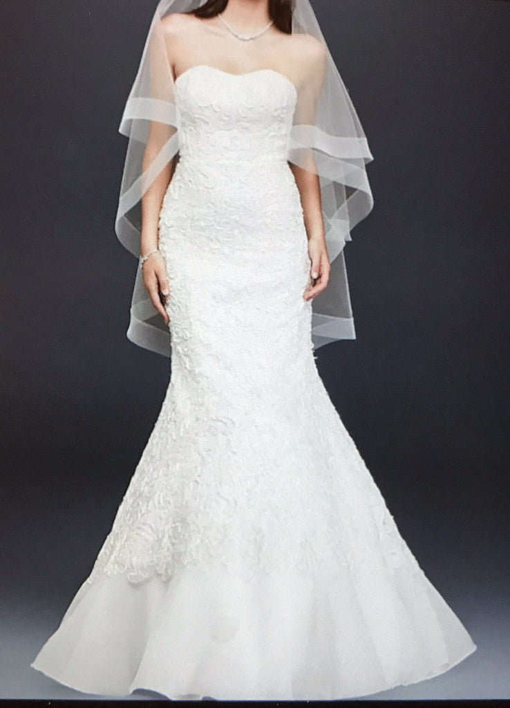 Oleg Cassini 'Elegant' size 10 new wedding dress front view on model