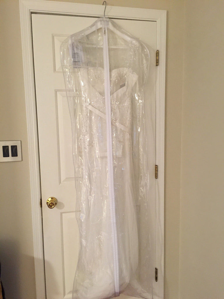 Rosa Clara 'Idoia' size 8 new wedding dress front view on hanger