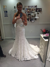 Load image into Gallery viewer, Maggie Sotttero 'Brittania' size 6 used wedding dress side view on bride