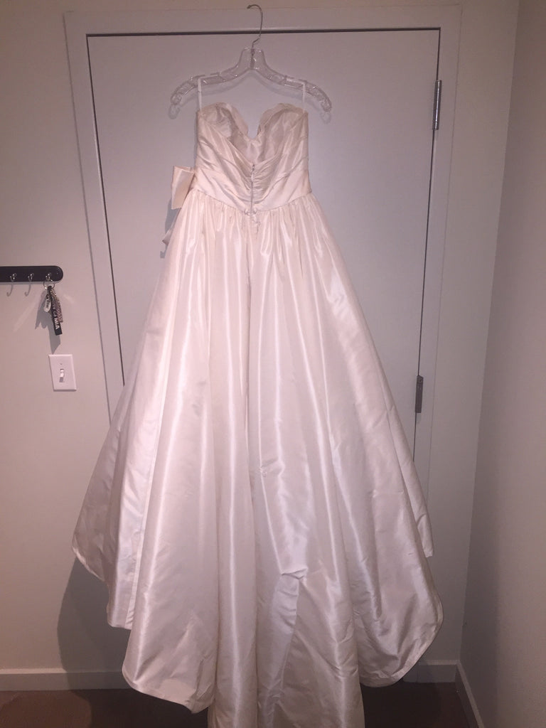 Amsale 'Melina' - Amsale - Nearly Newlywed Bridal Boutique - 4