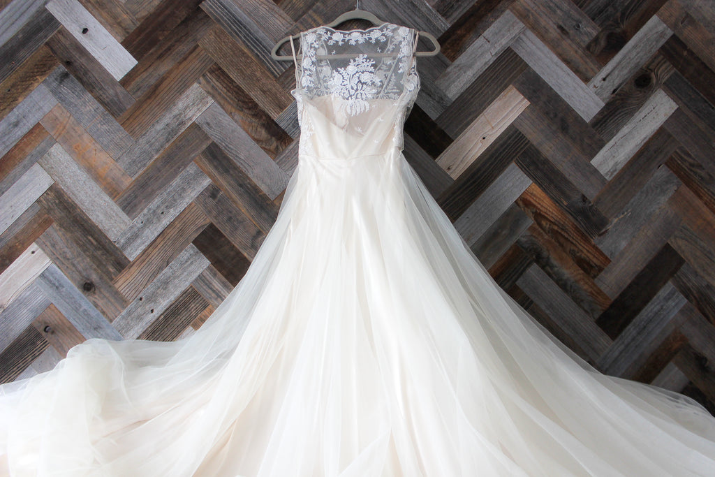 BHLDN 'Onyx' size 4 new wedding dress front view of dress