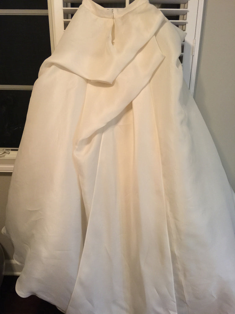 Monique Lhuillier 'Lenin Skirt' - Monique Lhuillier - Nearly Newlywed Bridal Boutique - 4